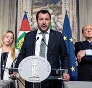 Wird nicht Premier: Matteo Salvini gestern in Rom. (Bild: A. Carconi/AP)