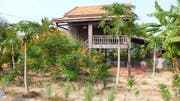 Traditionell wohnen kambodschanische Familien in solchen Pfahlbauten. (Bild: Ruben Schönenberger)