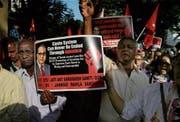 Indische Unberührbare demonstrieren gegen ein Gerichtsurteil, welches den Schutz der Minderheit aufweicht. (Bild: Rafiq Maqbool/AP (Mumbai, 2. April 2018))