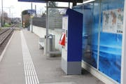 An mehreren Automaten in den Kantonen St. Gallen und Thurgau verklebten die Männer die Notenausgabe. (Symbolbild) (Bild: Archiv)