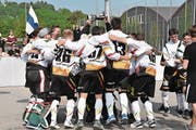 Oberwil ist im Schweizer Streethockey das Mass aller Dinge in der Schweiz: Die Finalspiele enden mit dem Gesamtskore von 17:2. (Bild: Sandra Schmid (Belp, 5. Mai 2018))