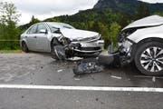 Die Schwägalpstrasse musste für drei Stunden gesperrt werden. Der Sachschaden an den Autos beträgt mehrere zehntausend Franken. (Bild: Kapo SG)