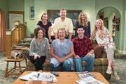 Die Conners (mit Roseanne Barr, vorne Zweite von links, dahinter John Goodman) sollen die US-Arbeiterfamilie repräsentieren. (Bild: ABC)