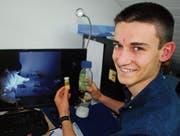 Neugieriger Mittelschüler: Dan Schönenberger hat schon mehrere Auszeichnungen bekommen. (Bild: Roland P. Poschung)