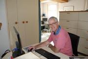 32 Jahre lang arbeitete Christian Brägger in Bazenheid als Hausarzt. (Bild: Noëlle Lee)