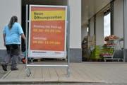 Der Kanton Thurgau hat liberalere Ladenöffnungszeiten als die St.Galler Nachbarn. Im Bild jene der Coop-Filiale in Münchwilen TG. (Bild: Reto Martin - 2. September 2014)