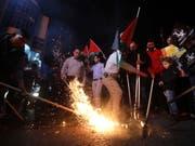 Mit der Verlegung der US-Botschaft in Israel von Tel Aviv nach Jerusalem am heutigen Montag werden starke Unruhen befürchtet - Palästinenser werden wie schon in den vergangen Tagen erneut heftig protestieren. (Bild: KEYSTONE/EPA/ABED AL HASHLAMOUN)