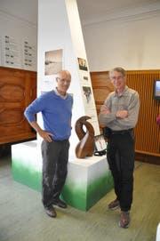 Der Österreicher Toni Innauer (links) mit seinem ehemaligen Konkurrenten und heutigen Freund Walter Steiner. (Bild: Sabine Schmid)