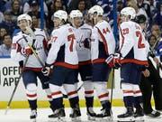 Die Spieler der Capitals haben gut lachen: Washington ist in den NHL-Playoffs auf Finalkurs (Bild: KEYSTONE/AP/CHRIS O'MEARA)