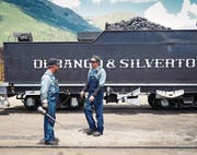 Die alte Lok schnauft und pfeift noch immer auf dem Einspurgleis und schleudert Russ in die Luft. Bei der Endstation Jackson Hole gibt's in der «Million Dollar Cowboy Bar» die dicksten Steaks. (Bild: Erik Tham (Corbis Documentary))