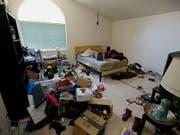 Dreck und Unordnung im ganzen Haus: Die Polizei im nordkalifornischen Fairfield befreite zehn Kinder aus ihrer Verwahrlosung und nahm die Eltern fest. (Bild: KEYSTONE/AP/RICH PEDRONCELLI)