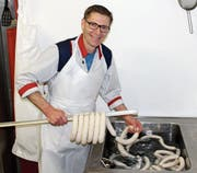 Daniel Achermann hat seinen Ein-Mann-Betrieb in der ehemaligen Käserei in Hinterforst. (Bild: Gert Bruderer)