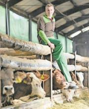 Bauer Tobias Steffen betreibt in Bütikofen BE einen Rindermastbetrieb der intensiven Art. Sein Hof steht gleich aus mehreren Gründen unter Druck. (Bild: Chris Iseli)