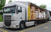 Der Lastwagen war nicht ordnungsgemäss geladen. (Bild: Luzerner Polizei)