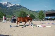 Jasmin Graf aus Frümsen erreichte mit ihrem Pony Rocky den dritten Rang. (Bild: Corinne Hanselmann)