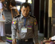 Hier noch in Uniform: Moe Yan Naing. (Bild: Thein Zaw/AP (Yangon, 20. April 2018))
