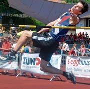 Fabian Spirig vom STV Marbach wurde vor einem Jahr Dritter mit 1,90 Metern. Er gehört zu den Anwärtern, die von der Absenz des zehnfachen Hochsprung-Siegers Kevin Oeler profitieren können. (Bild: Archiv/ys)