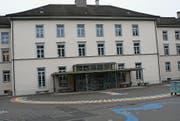 Das Primarschulhaus Kirchplatz muss erweitert werden, wenn sich das Modell mit drei öffentlichen Oberstufen durchsetzen sollte. (Bild: PD)