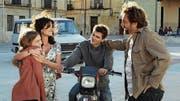 Laura (Penélope Cruz) trifft in ihrem Heimatdorf auf ihre Jugendliebe Paco (Javier Bardem). (Bild: Frenetic)