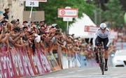 Chris Froome büsste in der ersten Etappe 37 Sekunden auf den Tagessieger ein. (Bild: Oded Balilty/AP (Jerusalem, 4. Mai 2018))