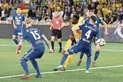 Jean-Pierre Nsame gelingt in der 89. Minute der Siegestreffer – wenig später gibt es im Stade de Suisse kein Halten mehr. (Bild: Peter Schneider/Keystone (Bern, 28. April 2018))