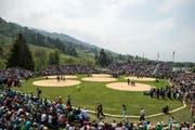 Das Areal des 95. Schwyzer Schwing- und Älplerfests am Sonntag, 6. Mai 2018, in Sattel. (Bild: Alexandra Wey / Keystone)