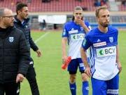 Betretene Gesichter bei Lausanne-Sport nach dem Spielabbruch gegen Thun (Bild: KEYSTONE/LAURENT GILLIERON)