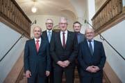 Der Ausserrhoder Regierungsrat mit (von links) Matthias Weishaupt, Dölf Biasotto, Paul Signer, Alfred Stricker und Köbi Frei. Vor allem Alfred Stricker steht in der Kritik. (Bild: Ralph Ribi/Archiv)