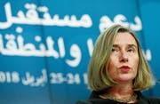 Gibt sich kämpferisch: EU-Aussenbeauftragte Federica Mogherini. (Bild: Olivier Hoslet (Brüssel, 25. April 2018))