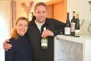 Renata und Jan Kux führen ihr Unternehmen von Zuhause aus. (Bild: Mario Testa)