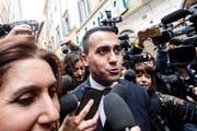 «Wir verhandeln einvernehmlich mit unseren europäischen Partnern», versicherte M5S-Chef Luigi Di Maio. (Giuseppe Lami/AP)