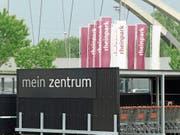 Der Einkaufstourismus im Nachbarland Vorarlberg hat nachgelassen, mehr Österreicher und Deutsche als früher besuchen das St.Margrether Einkaufszentrum. Spürbar mehr, ist die Zentrumsverwaltung überzeugt. (Bild: Kurt Latzer)