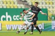 João Oliveira (links) kehrt wohl vom polnischen Erstligisten Lechia Gdansk zurück. (Bild: P. Matusewicz/PressFocus (Danzig, 23. April 2018))