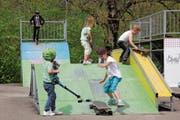 Es ist keiner zu klein, um bei «Schweiz bewegt» Bewegungsminuten für seine Gemeinde zu sammeln, wie diese Kinder im vergangenen Jahr in Neckertal unter Beweis stellten. (Bild: Cecilia Hess-Lombriser)