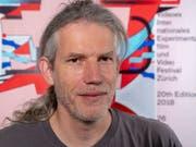 Patrick Huber leitet seit 20 Jahre das Experimentalfilmfestival Videoex in Zürich. Die Jubiläumsausgabe findet vom 26. Mai bis 3. Juni 2018 statt. (Bild: Keystone/Lorenzo Pusterla)