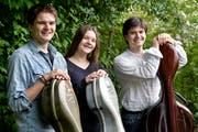 Johannes, Agnes und Jakob Herzog spielen mit Leidenschaft Cello. (Bild: Donato Caspari)
