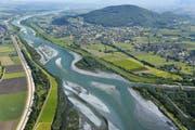 Auenwäldchen und Kiesbänke: So könnte der Rhein bei der Frutzmündung in Koblach dereinst aussehen. (Visualisierung: Rhesi)