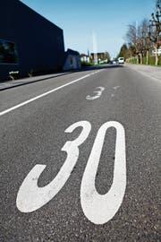 Eine Tempo-30-Zone, wie sie CH grossflächig in der Innenstadt fordert. (Bild: Stefan Schaufelberger)