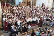 Einen Grossaufmarsch junger Sängerinnen und Sänger gab es auch in der Pfarrkirche von Kerns. (Bild: PD)