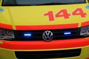 Die Velofahrerin wurde durch den Rettungsdienst ins Spital gebracht. Symbolbild: PD/Sven von Holzen.