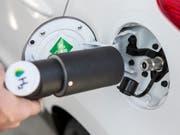 Die erste öffentlich zugängliche Wasserstoff-Tankstelle der Schweiz wurde im November 2016 in Hunzenschwil AG eröffnet. (Bild: KEYSTONE/ALEXANDRA WEY)