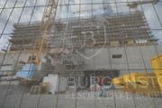 Das finanzielle Nachspiel um den Bau des Luxusresorts dauert an. (Bild: Urs Flüeler/Keystone)