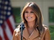 Amerikas First Lady Melania Trump konnte nach einer Nieren-Operation das Spital verlassen. (Bild: KEYSTONE/AP/SUSAN WALSH)