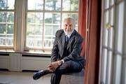 Hans-Werner Sinn aufgenommen im Juni vergangenen Jahres in der Villa St. Charles in Meggen. Bild: Corinne Glanzmann