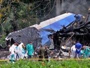Beim Absturz eines Passagierflugzeugs des Typs Boeing 737 bei Havanna auf Kuba sind 110 Menschen ums Leben gekommen, drei wurden lebend aus den Trümmern geborgen. (Bild: KEYSTONE/EPA ACN/EFE/OMARA GARCÍA)