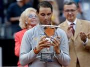 Ist nach seinem Turniersieg in Rom wieder die Nummer 1: Rafael Nadal (Bild: KEYSTONE/AP/GREGORIO BORGIA)