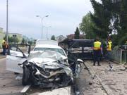 Bei der Frontalkollision in Scherzingen kam eine Frau ums Leben, drei Personen wurden schwer verletzt. (Bild: pd)