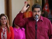 Sieht sich als Sieger bei der Präsidentschaftswahl in Venezuela: Amtsinhaber Nicolás Maduro. (Bild: KEYSTONE/EPA EFE/MIGUEL GUTIERREZ)