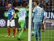 Robin Knoche jubelt nach seinem Siegtreffer gegen Holstein Kiel (Bild: KEYSTONE/EPA/DAVID HECKER)
