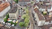 Der Marktplatz soll autofrei werden. 2012 hat das Parlament eine entsprechende Initiative der SP angenommen. (Bild: Benjamin Manser/Michel Canonica)